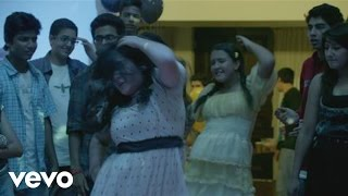 Gippi - Vishal Dadlani - Pehn Di Takki Video | Gippi