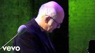 Ludovico Einaudi Le Onde Official Music Audio