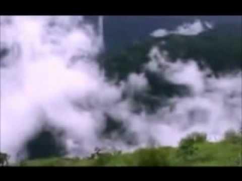 In Hawaon Mein In Fizaon Mein - Gumrah - Mahendra Kapoor & Asha...