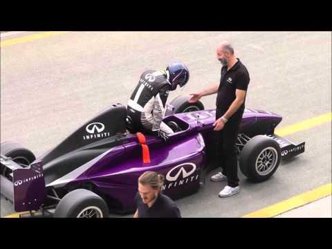 Infiniti F1 Ultimate Test Drive Final 2015 Dubai Autodrome