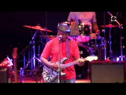 Smokin' Joe Kubek&Bnois King - Healthy Mama Medley at Jimiway 2011