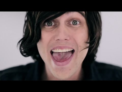 Sleeping With Sirens - Kick Me