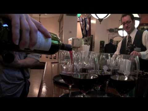 Les Kincaid of Les' Wines & Vines live from Smith & Wollensky Steakhouse - SOREALnetwork.com