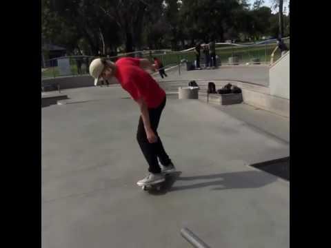 Trendy yet with @jeffdechesare? 😂 🎥: @brando_sb   Shralpin Skateboarding
