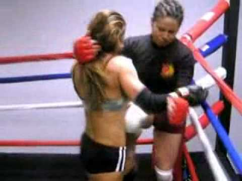 2 girls boxing Video
