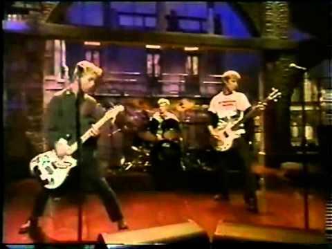Green Day - Basket Case [live  Letterman 1994] video