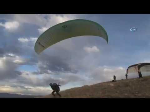 Sivas'ta Olmaz Denileni Başardılar, Yamaç Paraşütü Yaptılar