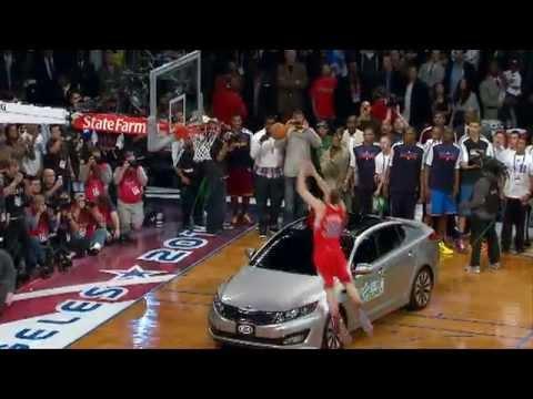 בלייק גריפין מטביע מעל מכונית