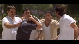 Download Jackie Shroff, Paresh Rawal, Arbaaz Khan comes to Akshaye Khanna's Hostel (Hulchul) 3Gp Mp4