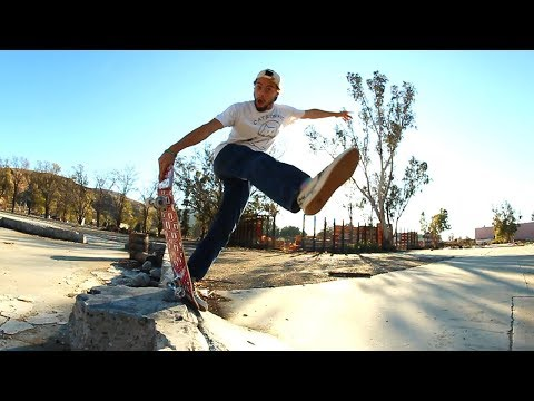Skater Shreds DIY Quarterpipe!