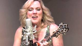Watch Rhonda Vincent Hit Parade Of Love video