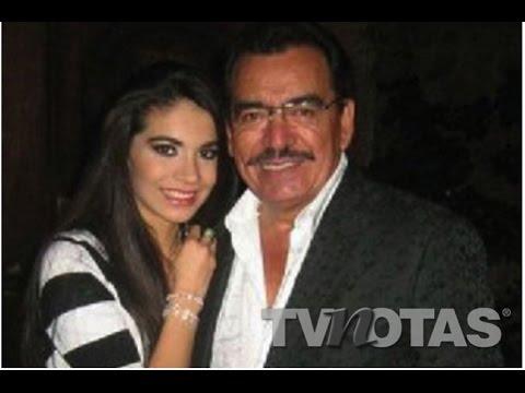 Alberto estrella y su esposa