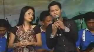 download lagu Dinding Kaca - Farid Ali Dan Anisa Rahma Om gratis