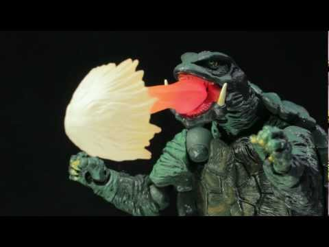 Sci-Fi Revoltech Series No.006 Gamera Review