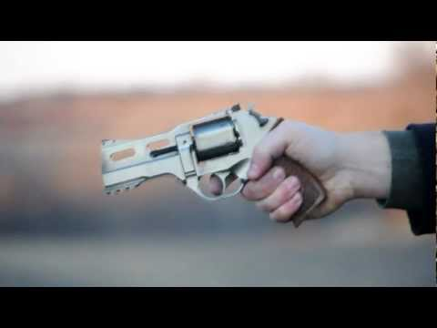 Shooting the Chiappa Rhino 40DS with Stage II trigger kit