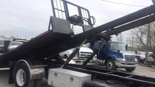 For Sale - 2006 GMC T7500 Roll Off
