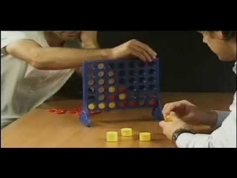 Owen Hargreaves vs. Ryan Giggs - playing Connect Four