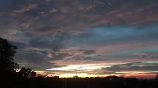 Bầu trời đẹp vào sáng sớm ở xuân mai