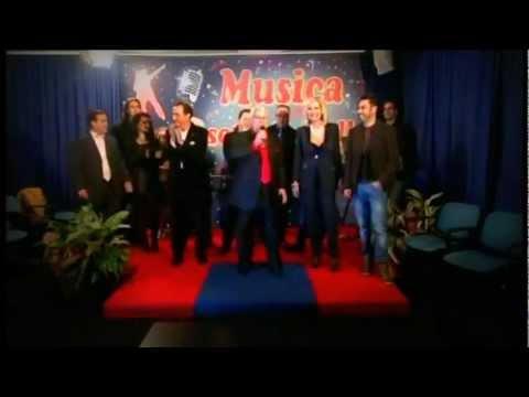 Pino Scavo Medley napoletano Musica sotto le stelle puntata 1
