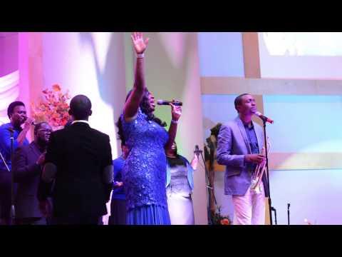 Ronke Adesokan Ft Nathaniel Bassey - Yahweh video