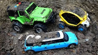Looking for cars in the sand H178M - Toys for kids