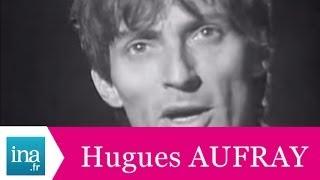 """Hugues Aufray """"A quoi ça sert de chercher à comprendre"""" (live officiel) - Archive INA"""