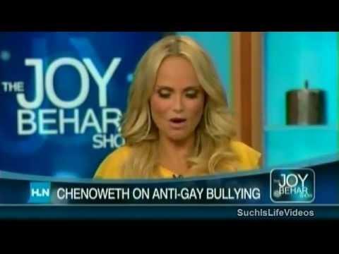 Joy Behar - Kristin Chenoweth On Being Christian & Pro-Gay