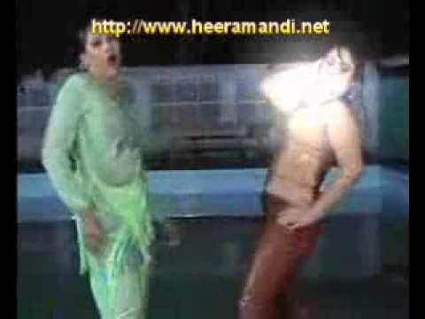 hot sexy desi mujra heeramandi.net.flv