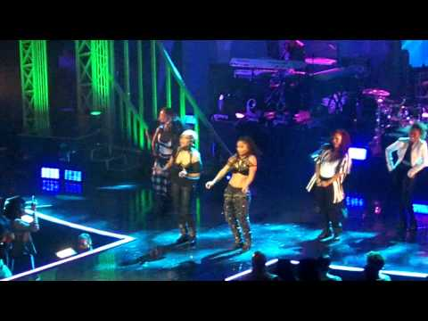 Tlc - Creep (live From The Beacon Theatre) video