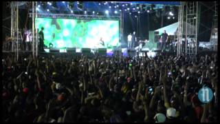 Chris Brown live en Haiti