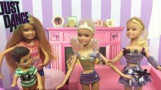 Barbie ve Ailesi Bölüm 157 | Kızlar Just Dance Oynuyor - Çizgi film tadında Barbie Oyunları
