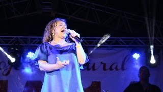 3 anos da Praça Chiara Lubich com a cantora Amorosa