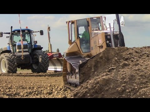 Ground Levelling - 2x Caterpillar  + New Holland TM 175