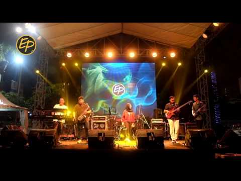 Prahara Cinta Cover by Engineers Project @sundaymarketsby 2017