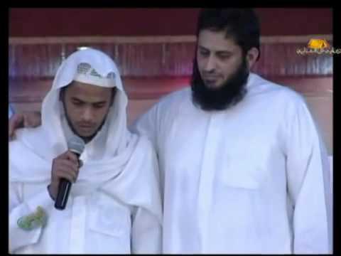 نايف الصحفي يفاجئ الحضور بطلب ابو زقم والحضور يتفا