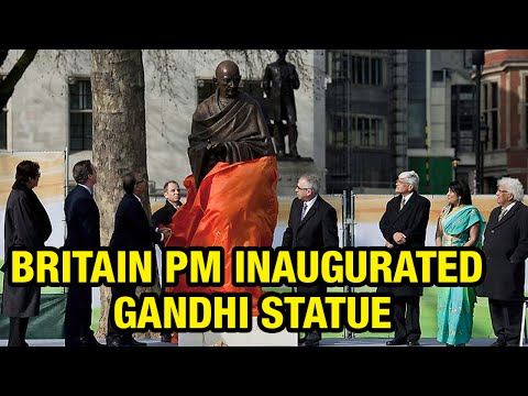 Britain Prime Minister David Cameron inaugurated Gandhi statue at Parliament Square (14-03-2015)