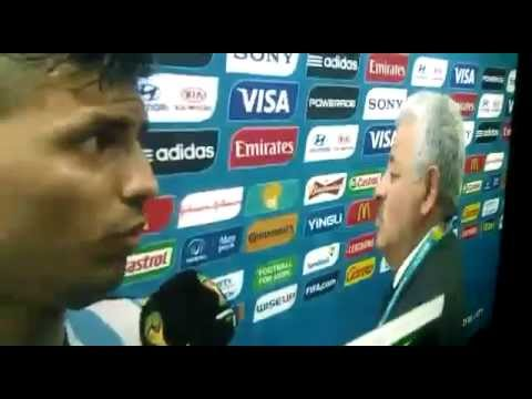 Argentina 2 - Bosnia 1. Tití Fernandez ventrílocuo