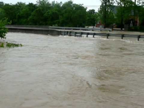 Flood at Rock Springs Rd bridge in Smyrna TN