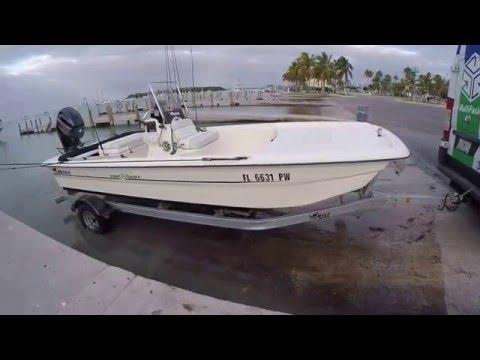 Mako Pro 17 Skiff - Launching and running offshore