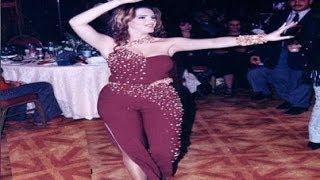 صور نادرة جدا شاهد  دنيا عبد العزيز وهى صغيرة وترقص فى زفاف حلمى بكر