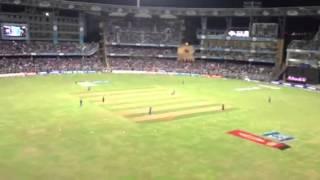Mumbai crowd booing Virat Kohli
