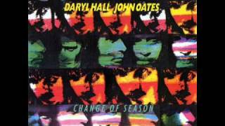 Watch Hall & Oates Everywhere I Look video