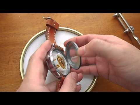 1. Basic technique of mechanical watch disassemble