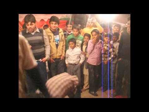 FUNNY!!!! PAKISTANI WEDDING DANCE