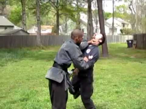 Katon-shihan Against Knife Attack