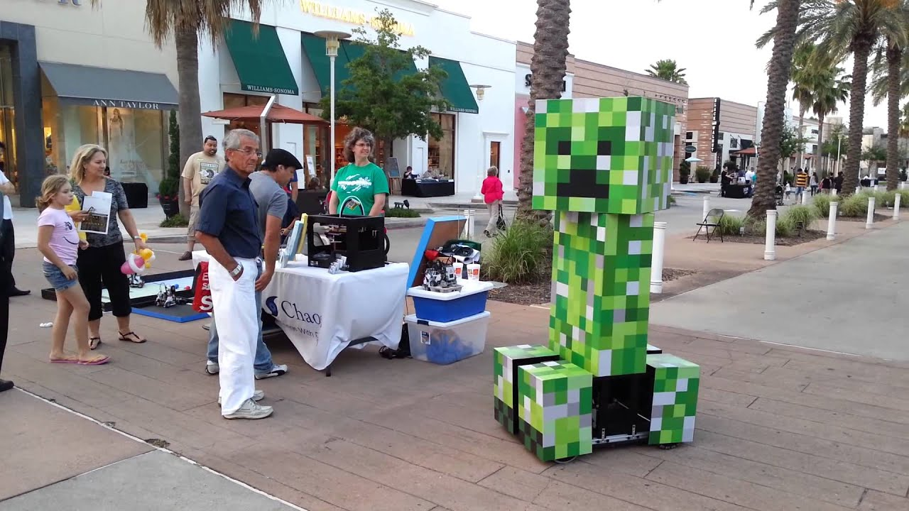 Robot Life Size Life-size Minecraft Creeper