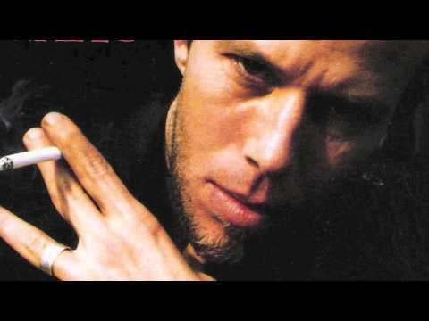 Tom Waits - Hope I don&#039;t fall in love with you