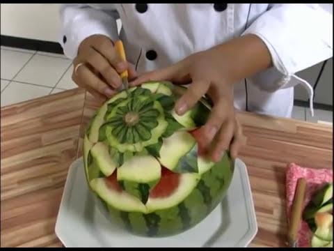 Mulher.com 18/11/2011 - Decoração com frutas
