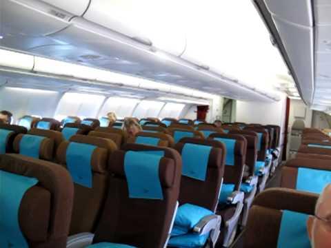 Garuda Indonesia GA88 economy class 24-03-2011