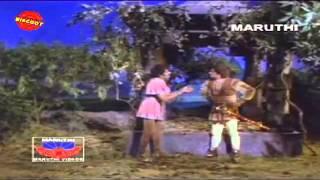 Nagamadathu Thamburatti (1982)